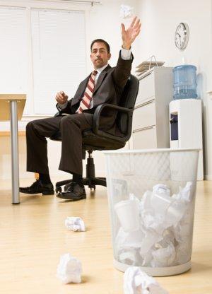 orang buang sampah