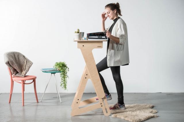 Desain Meja Untuk Yang Berjiwa Muda