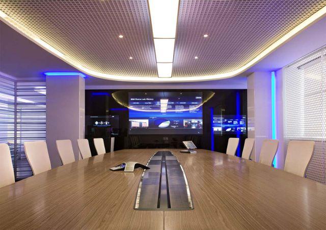 Penggunaan lampu LED untuk pencahayaan di dalam kantor