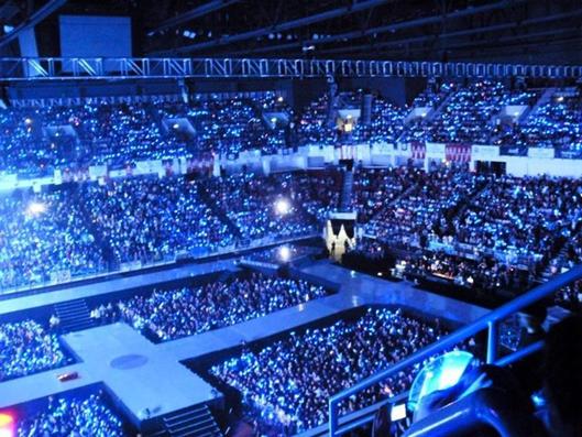 konser sang idola