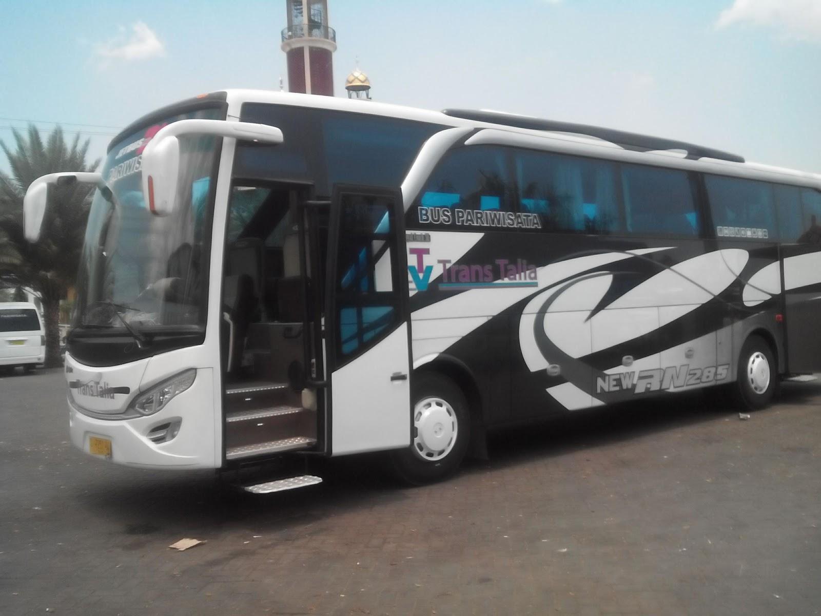 Bus Pariwisata Sebagai Transportasi Alternatif