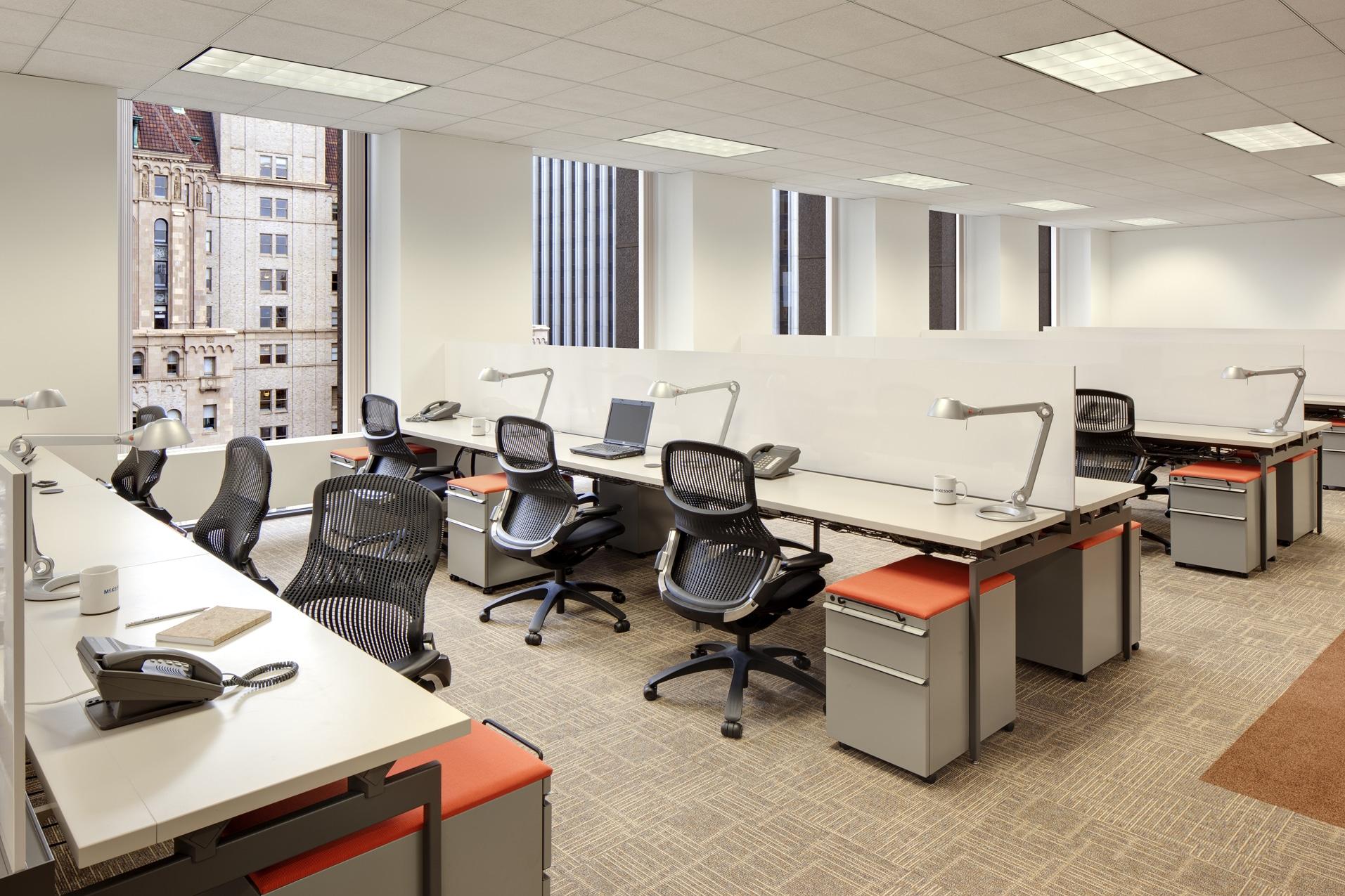 Ukuran meja kantor