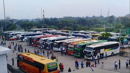 Ketertiban di Terminal Yang Masih Sangat Mengkhawatirkan Penumpang Bus