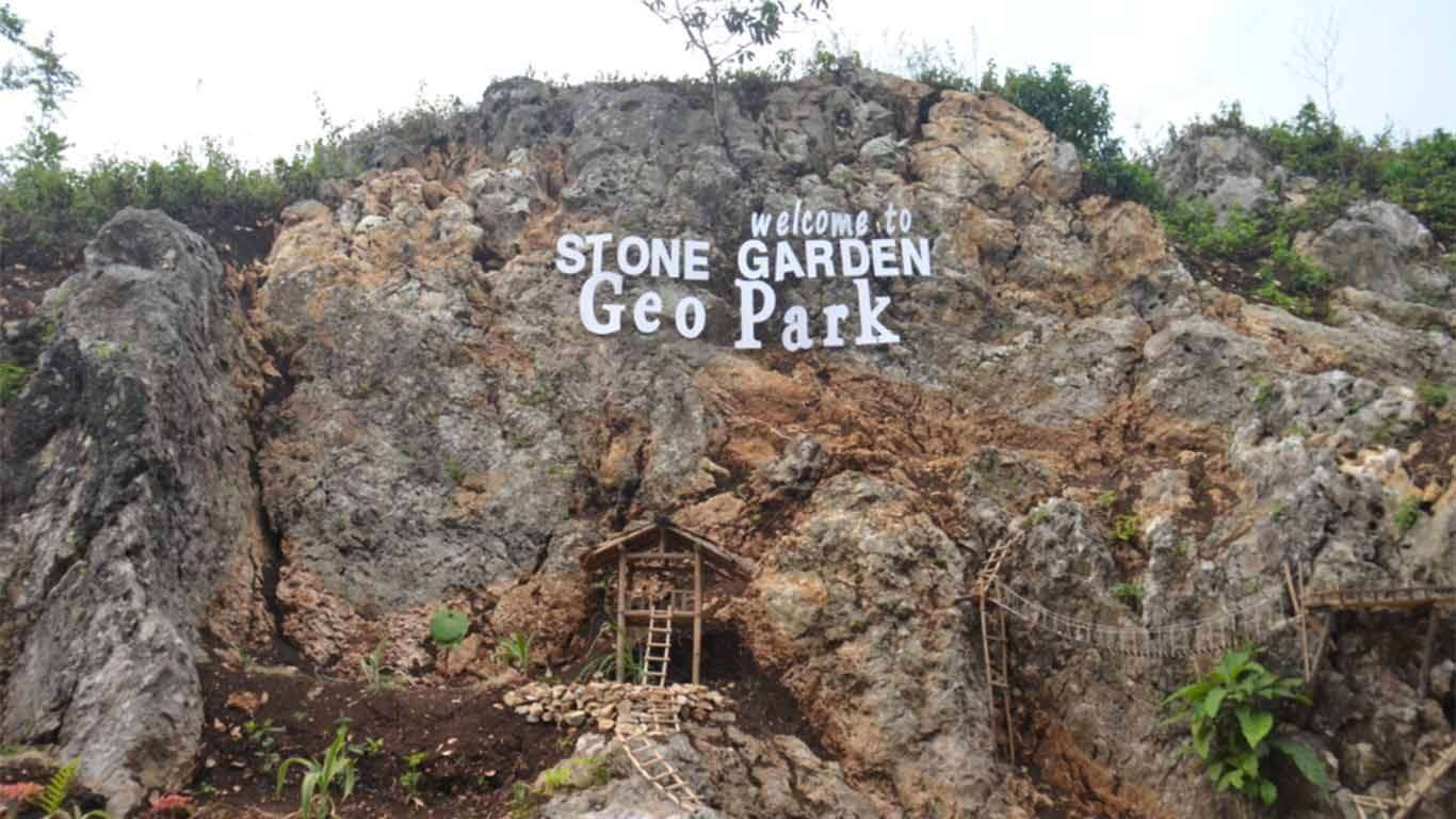Yuk, Lihat Keindahan Di Stone Garden Dan Goa Pawon Bandung