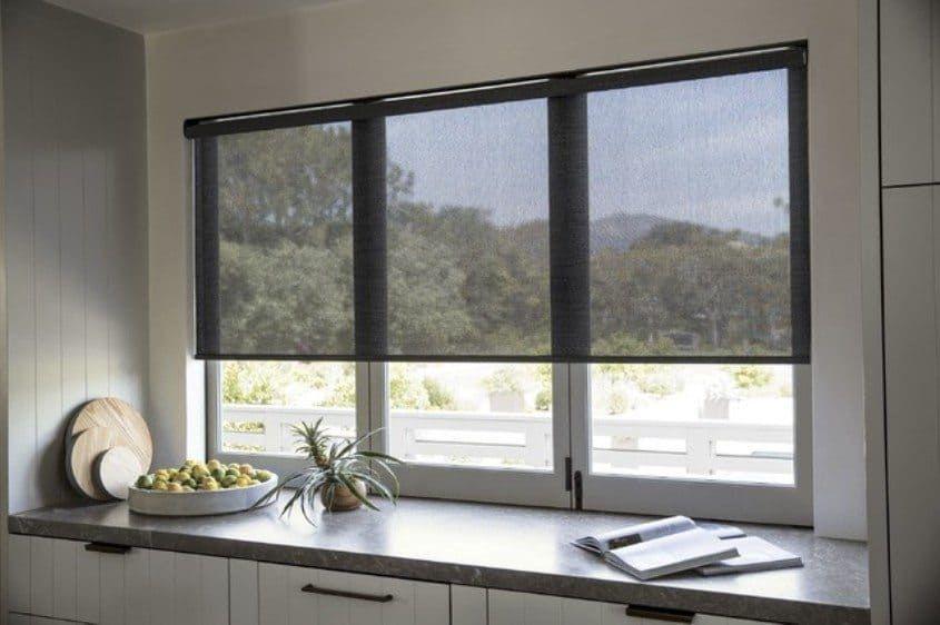 Roller Blind Tipe Solar Screen!