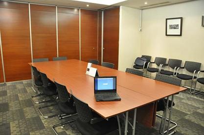 Tempat Meeting Keren Berfasilitas Lengkap