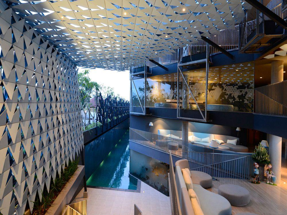 IZE Hotel Seminyak, Bali