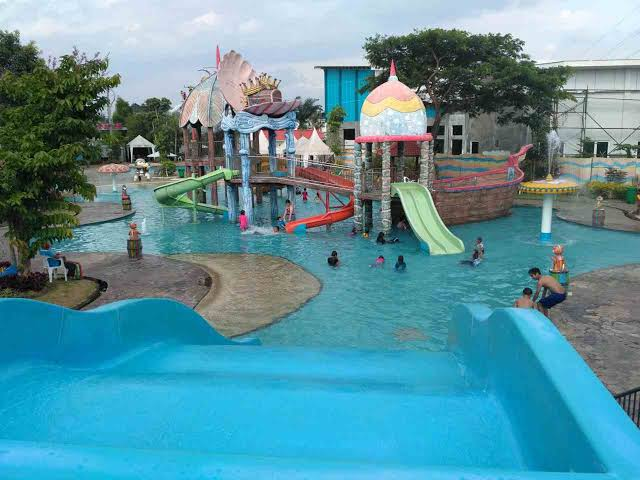 Liburan Lebih Seru Dihabiskan Di Water Park Tirtasani