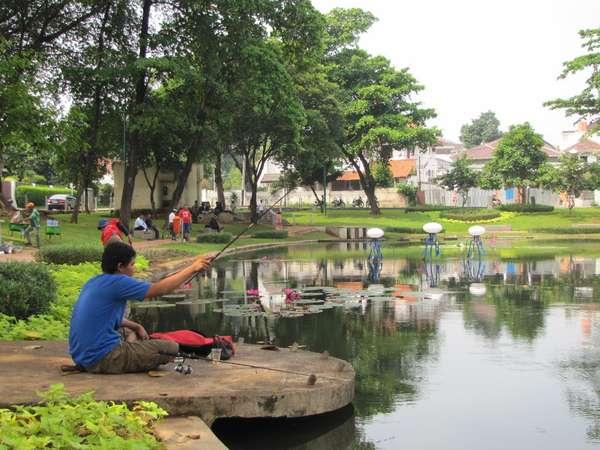 Liburan Asyik di Taman Situ Lembang